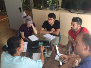 El equipo de Inneva Pharma prepara el Hackathon de salud